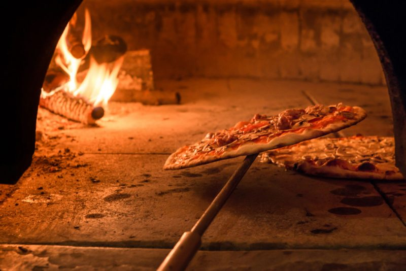 EGGER-RE-Pizzeria-02